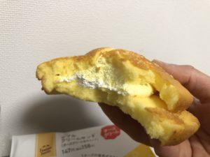 ダブルクリームサンド(チーズクリーム&ホイップ)/ファミリーマート