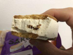 Butter Cream Sandwich Cookie/LAWSON