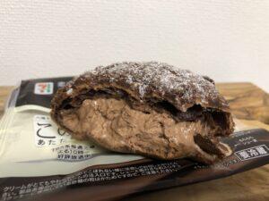 Chocolate Cream Puff/Seven Eleven